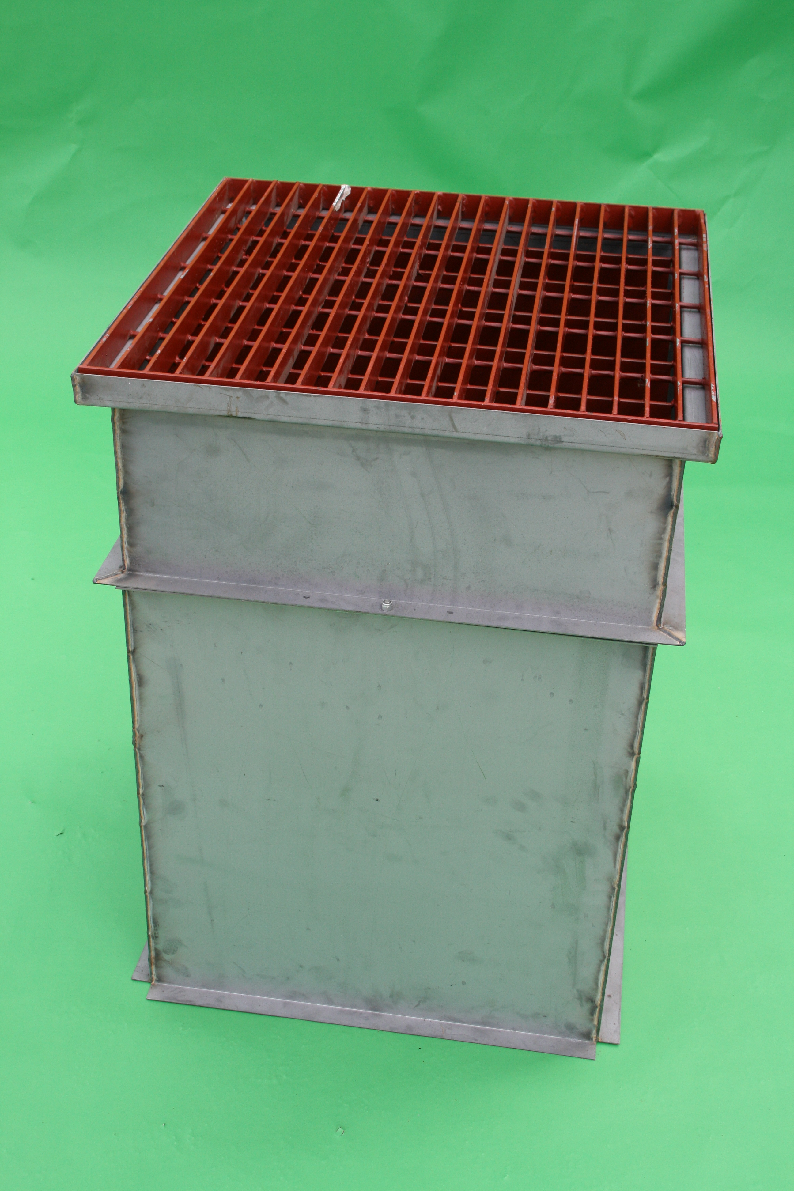 2x2 catch basin sump unit with cast iron grate and 4ft bottom stool